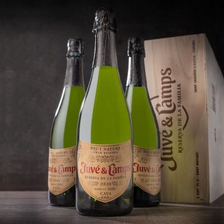 Caja 3 botellas Juve &...